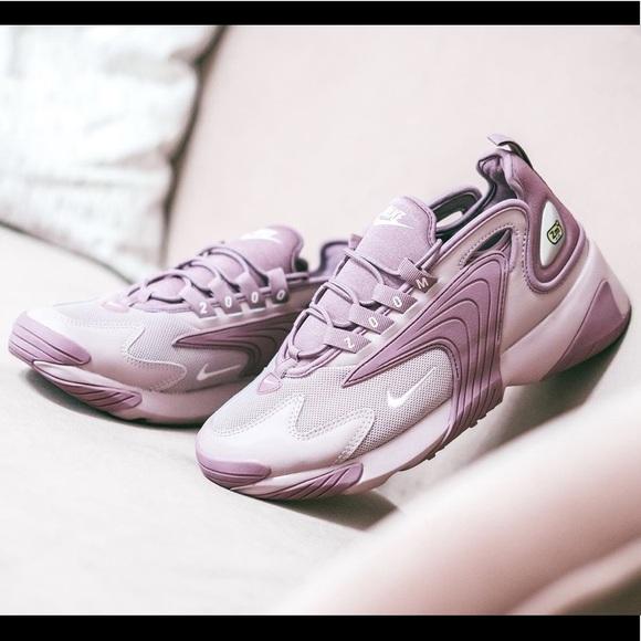 Nike Shoes - New Size 7 Nike Zoom 2K